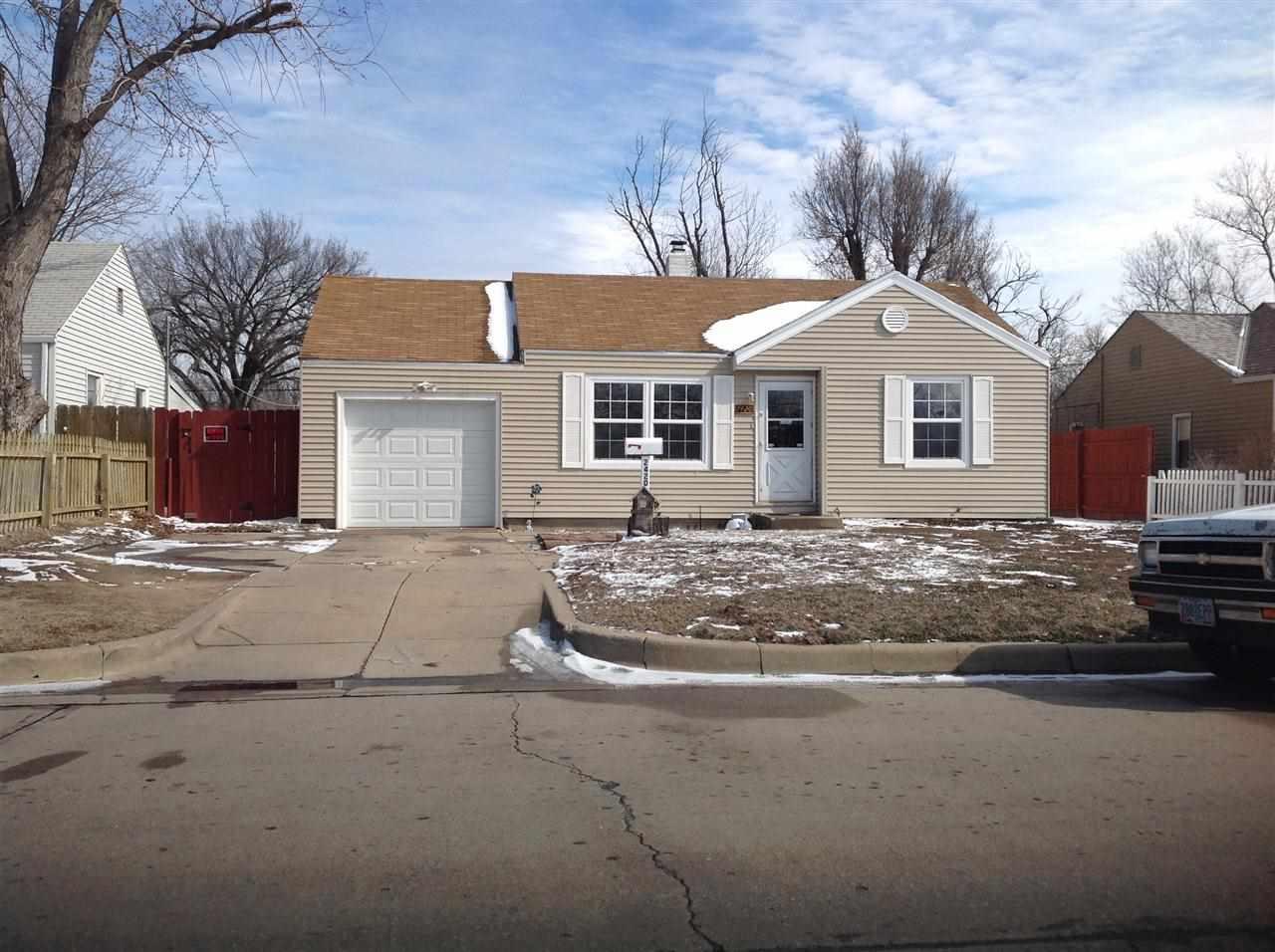 2420 S Mead St, Wichita, KS 67216