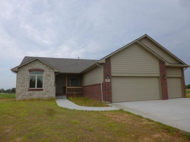 603 N Pine St, Argonia, KS 67004