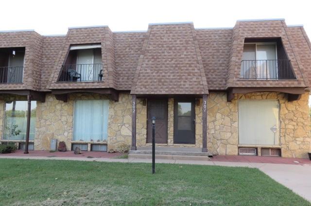 1035 N McLean #302, Wichita, KS 67203