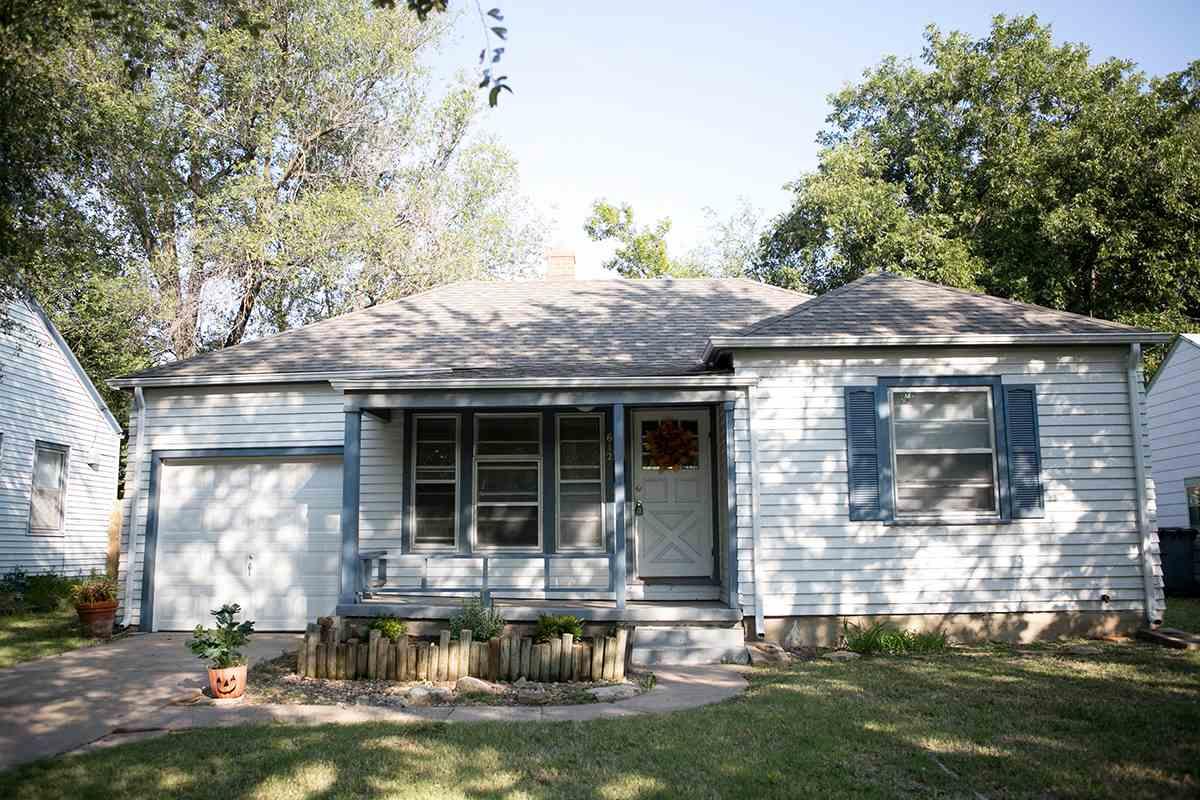 612 S Terrace Dr, Wichita, KS 67218