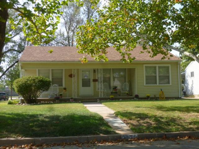 2275 S Spruce St, Wichita, KS 67211