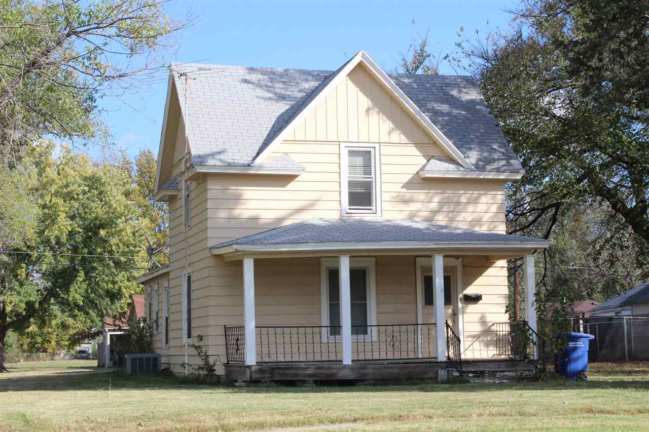 1236 N STATE ST, Augusta, KS 67010