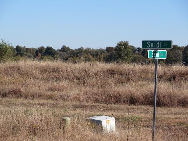 W Seidl Dr, Garden Plain, KS 67050