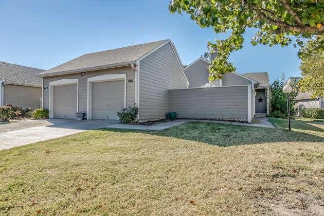 2221 N BRAMBLEWOOD ST, Wichita, KS 67226