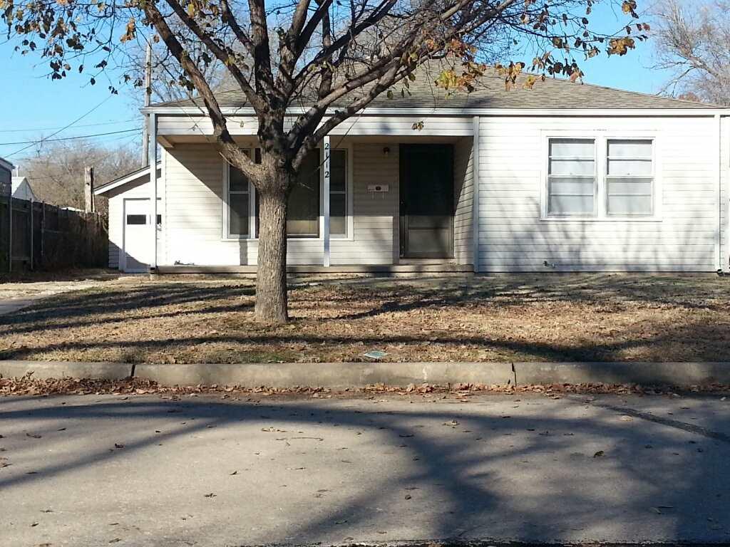 2112 E Ward ST, Wichita, KS 67211