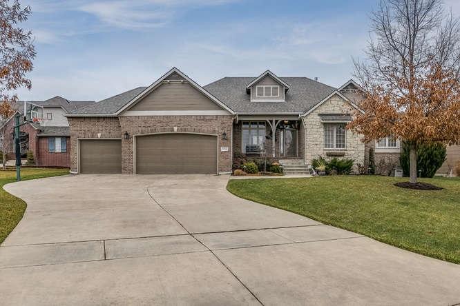 13214 E Bridlewood St, Wichita, KS 67230