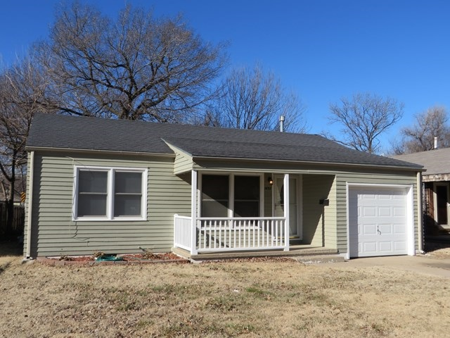 1437 N Pinecrest Ave, Wichita, KS 67208