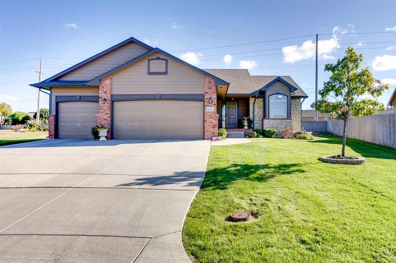 4326 N Dellrose Cir, Wichita, KS 67220