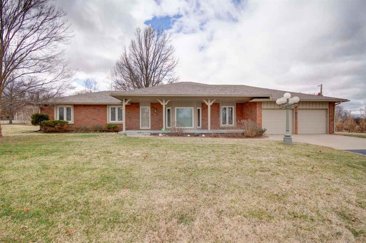 27 W South Lakeview Dr, Goddard, KS 67052