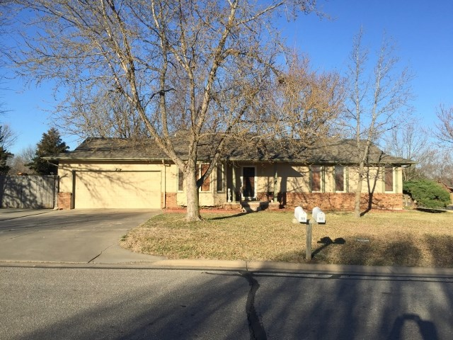 509 N Ridge Way Rd, Rose Hill, KS 67133
