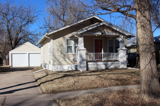 227 N Gordon Ave, Wichita, KS 67203