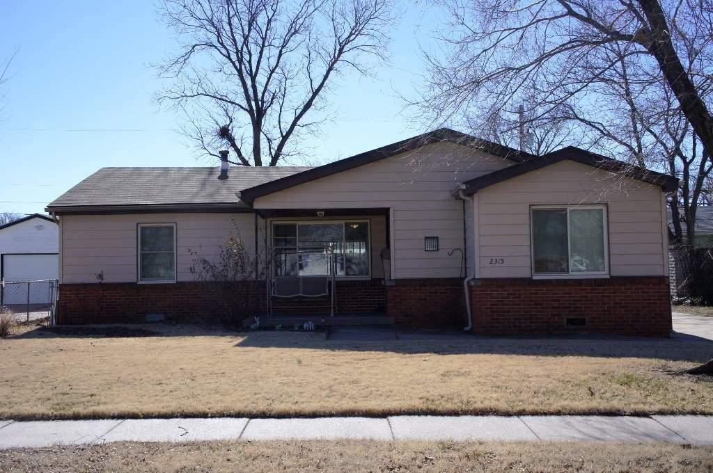 2315 W 27th St S, Wichita, KS 67217