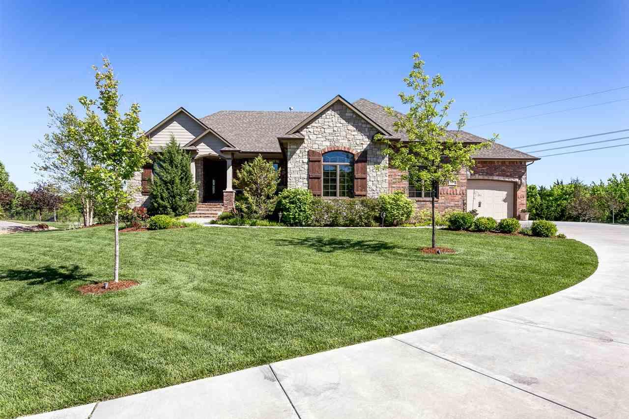 1802 N Glen Wood Circle, Wichita, KS 67230