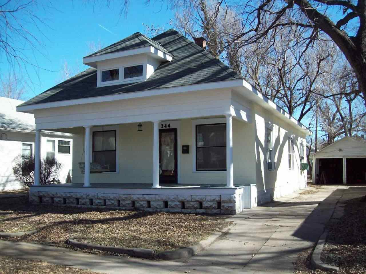 244 N Estelle St, Wichita, KS 67214