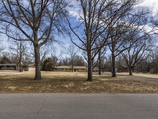 426 S Wetmore, Wichita, KS 67209