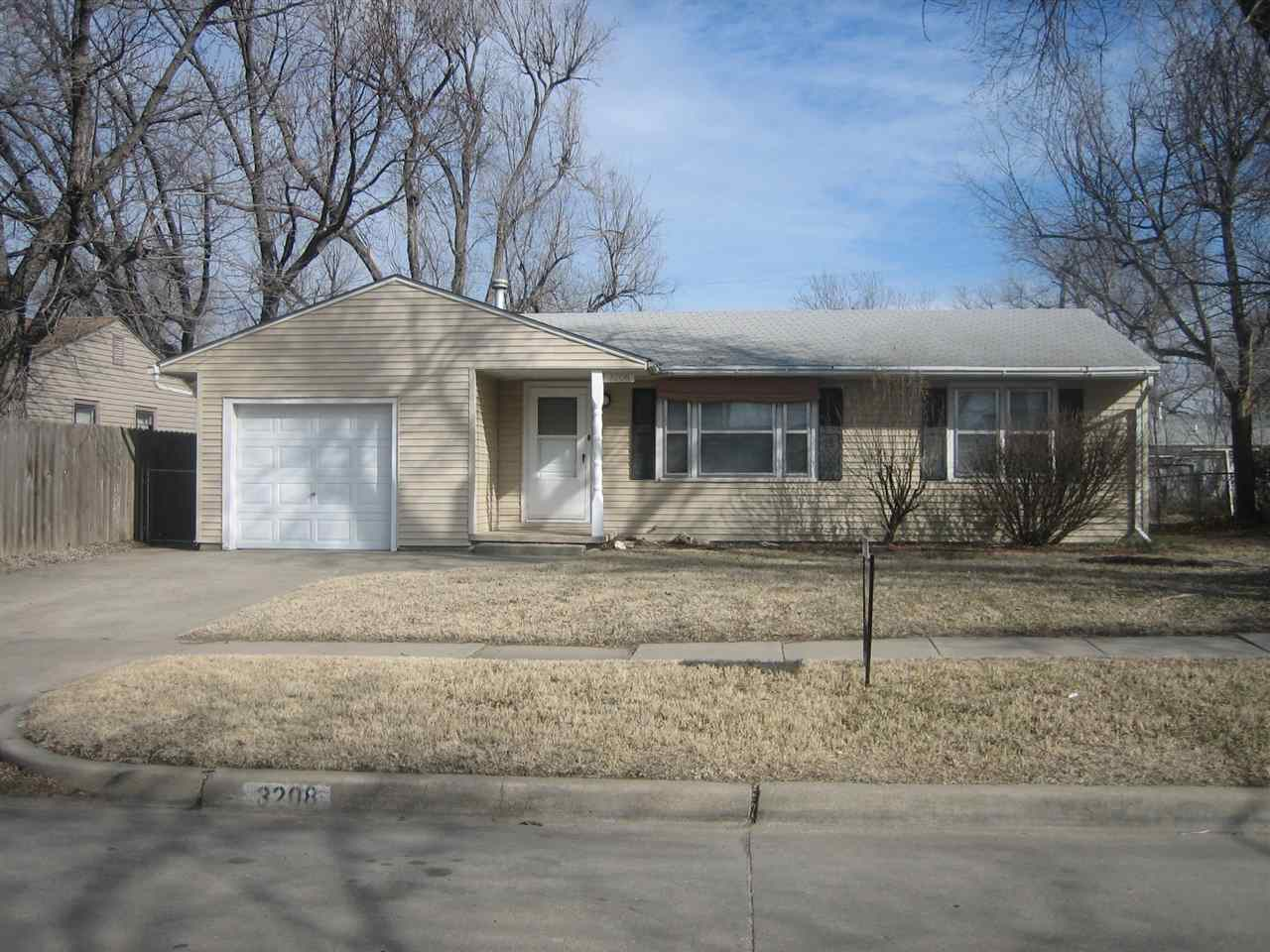 3208 S Vine St, Wichita, KS 67217