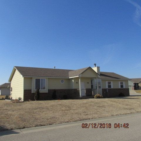 4401 Niblick Drive, Winfield, KS 67156
