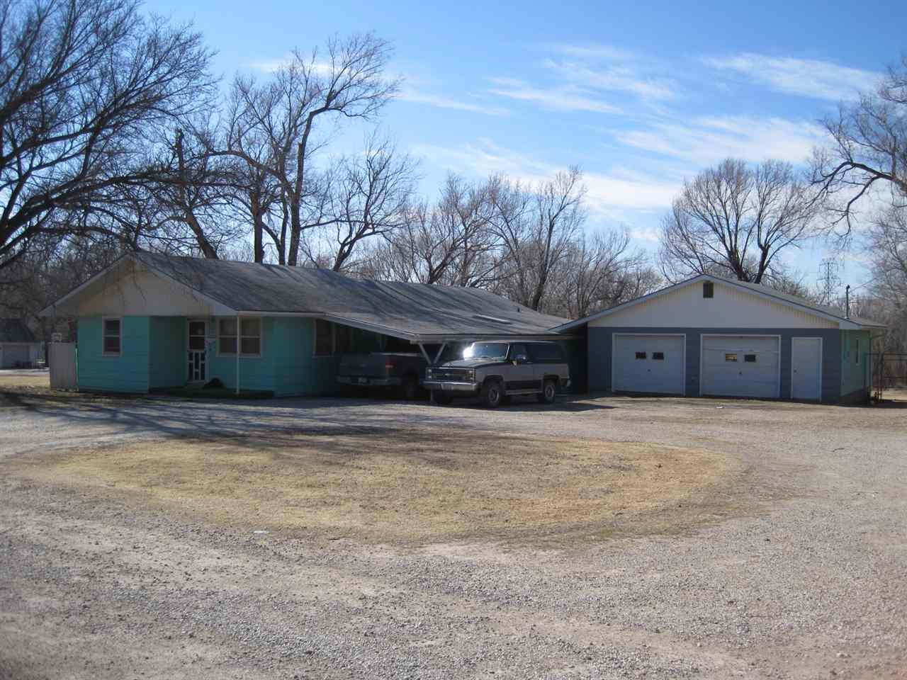 1263 S Douglas Rd, El Dorado, KS 67042