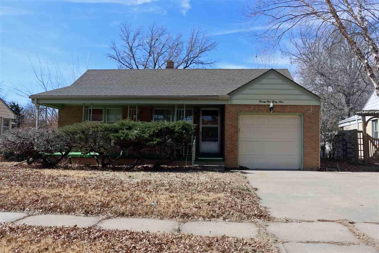 2149 S Elpyco St, Wichita, KS 67218