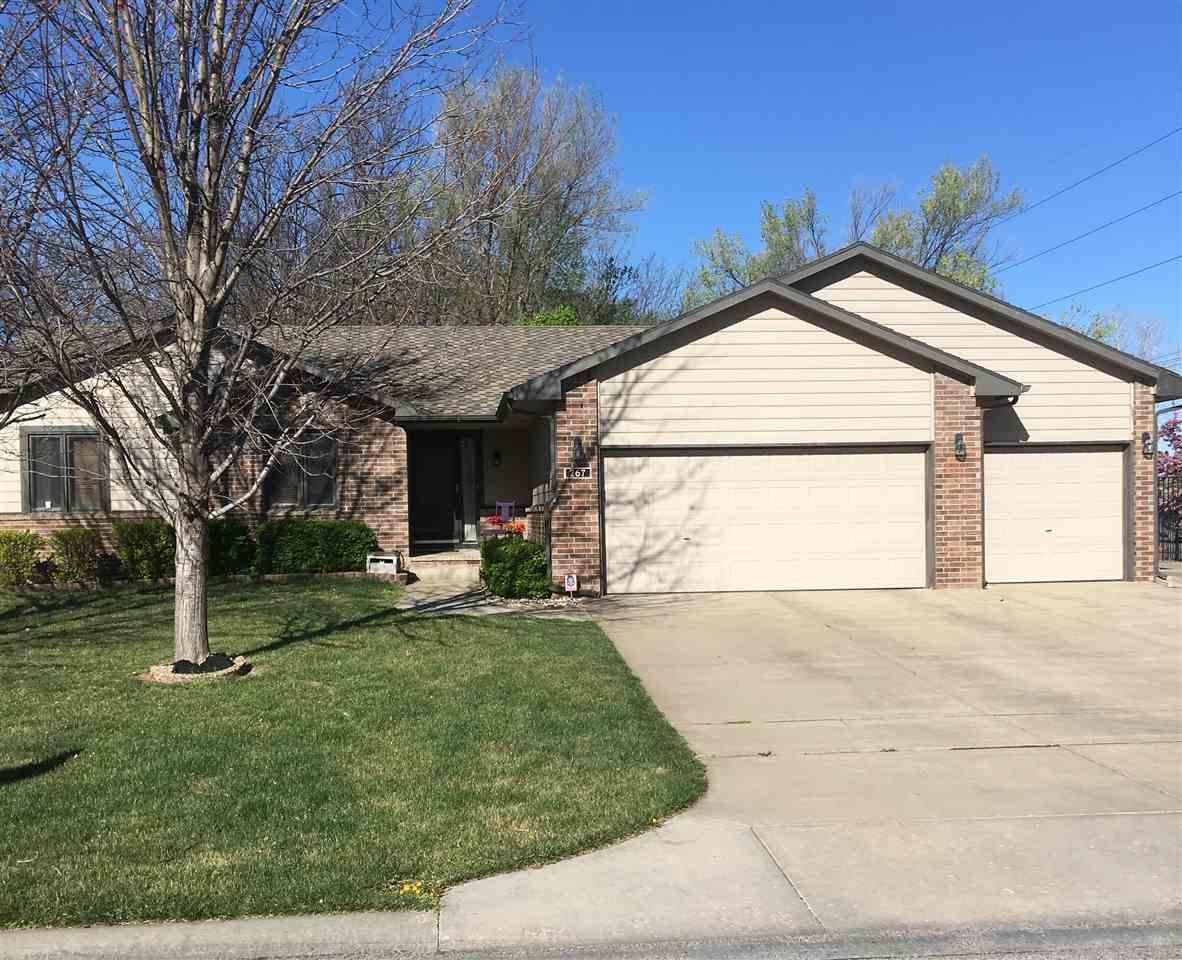 267 N Brownthrush Ln, Wichita, KS 67212