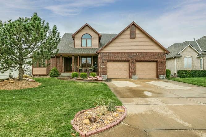 3229 N Forest Lakes St, Wichita, KS 67205