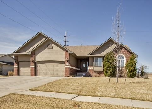 2001 N Newberry St, Derby, KS 67037