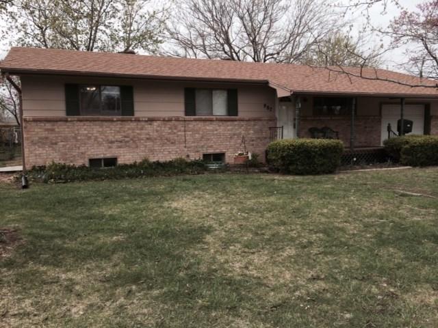 987 N Brownthrush, Wichita, KS 67212