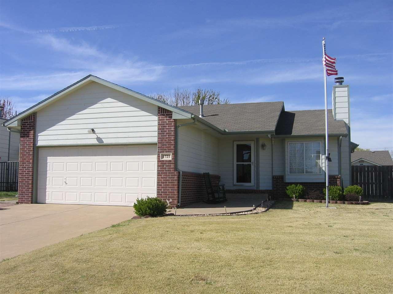1721 S LARK CT, Wichita, KS 67209