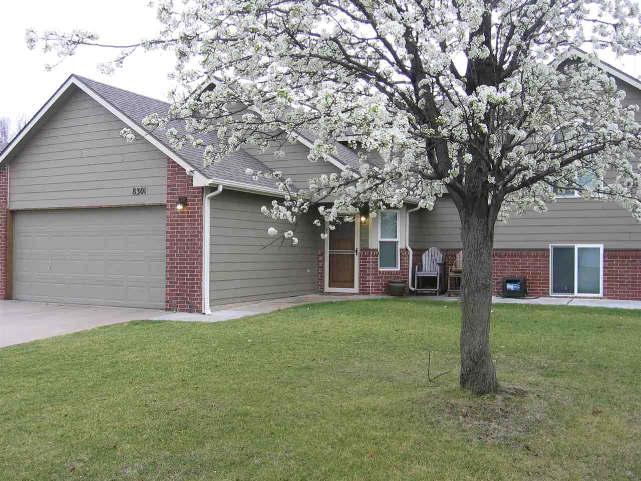 8301 W Aberdeen Cir., Wichita, KS 67212