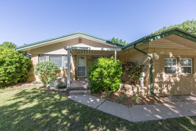 1813 N Westridge, Wichita, KS 67203