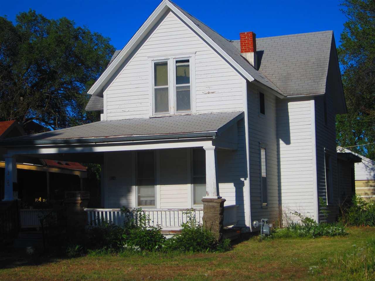 206 Allison St, Newton, KS 67114