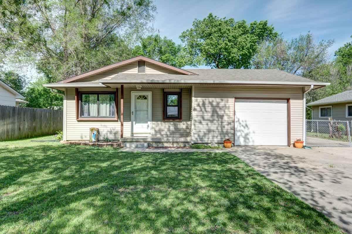 923 N Money Ave., Augusta, KS 67010