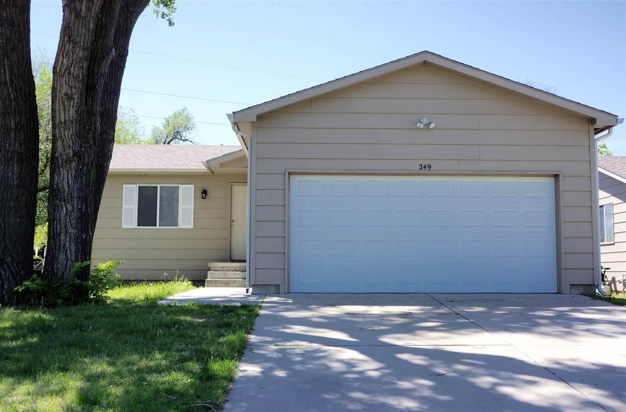 249 S Doris St, Wichita, KS 67209