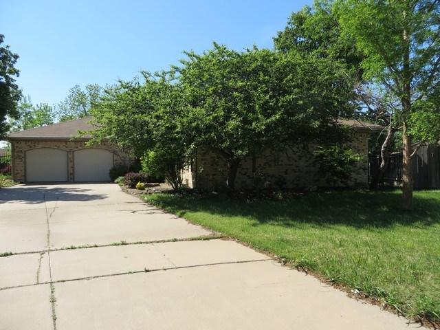 1109 S Breckenridge Ct, Wichita, KS 67207