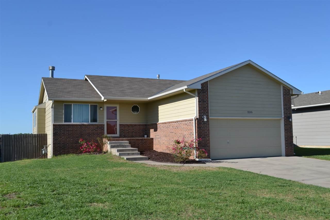 2215 S Rogers Ln, Wichita, KS 67235