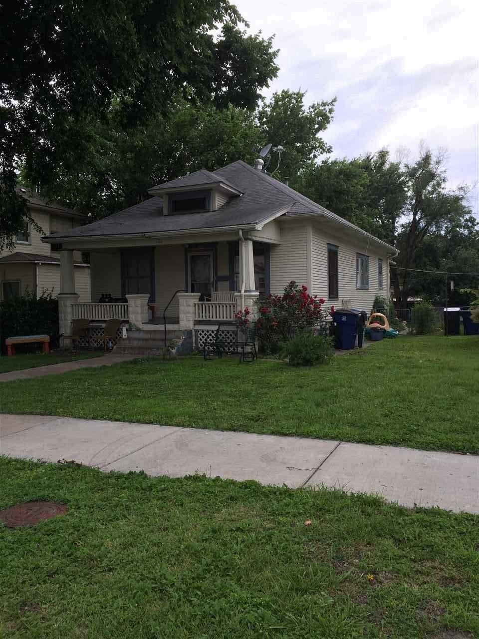 205 N Pine St, Newton, KS 67114