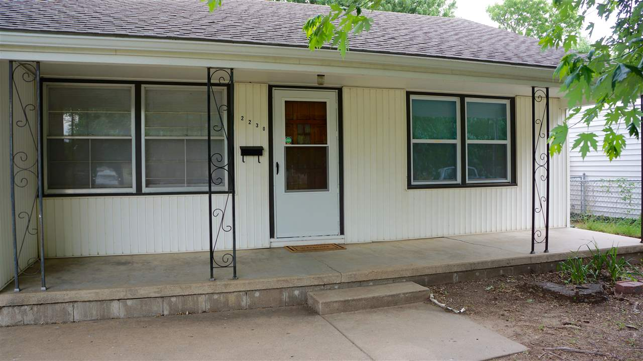 2230 S Topeka St, Wichita, KS 67211