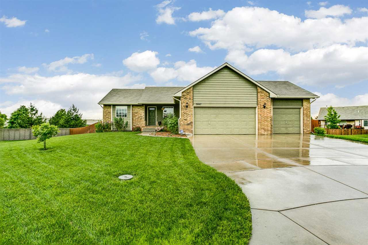 5847 N Kerman Ct, Park City, KS 67219