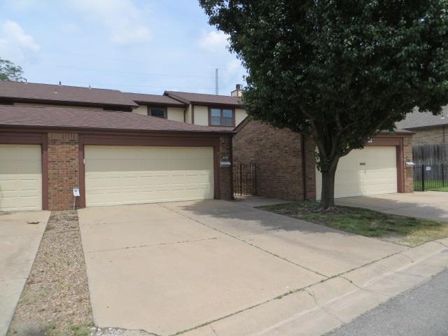8917 W Harvest Ln #203, Wichita, KS 67212