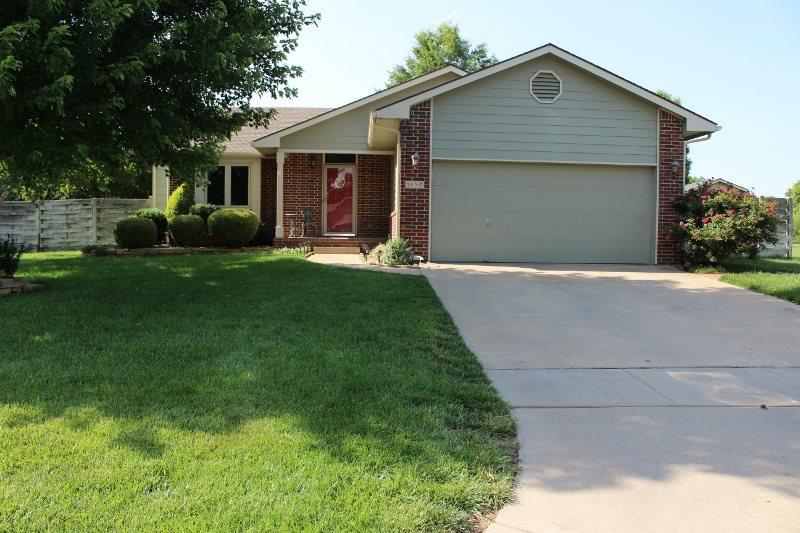 1830 N Shefford Circle, Wichita, KS 67212