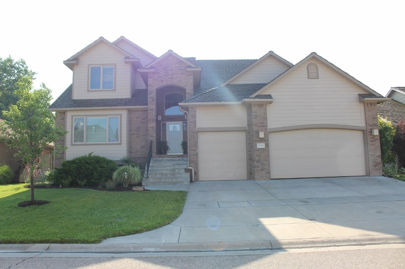 6915 W Garden Ridge Ct., Wichita, KS 67205