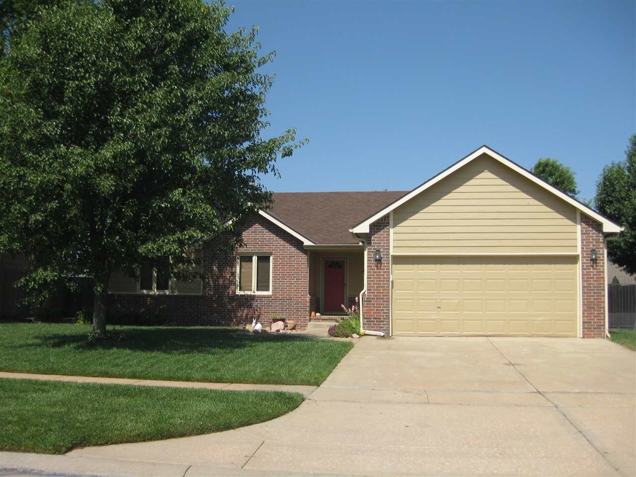 1833 S Milstead, Wichita, KS 67209