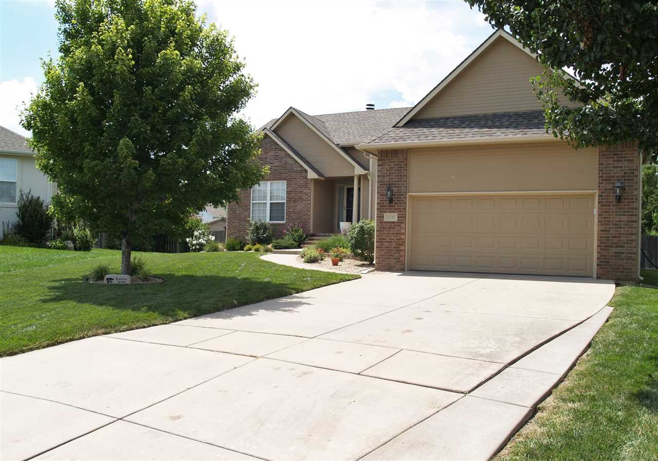 4441 N Rushwood Ct, Bel Aire, KS 67226