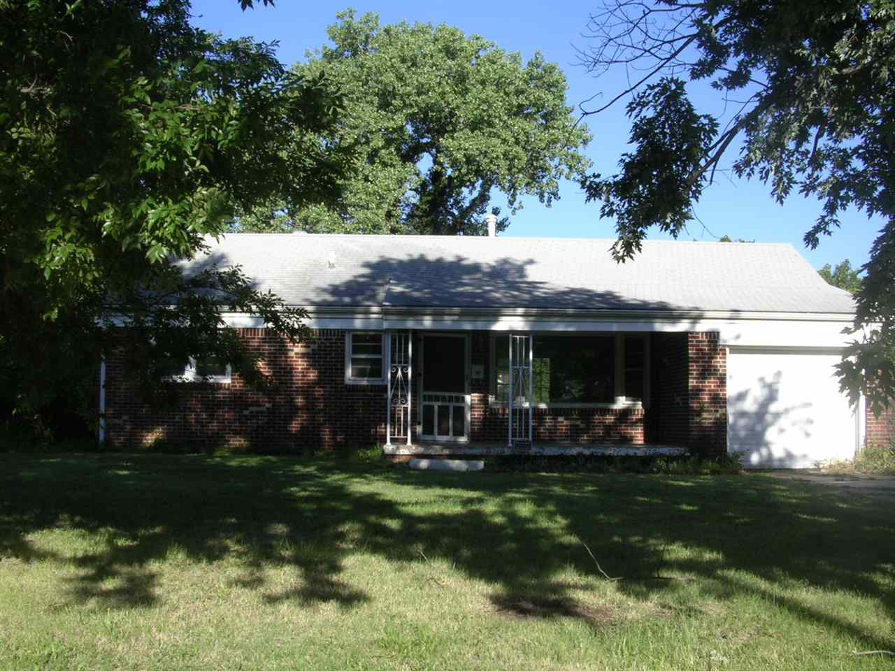 2451 S Pattie, Wichita, KS 67216