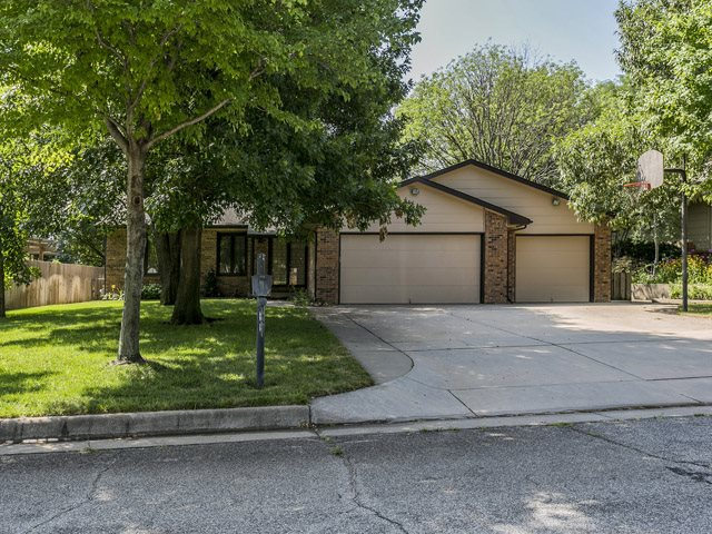1656 N Melrose Lane, Wichita, KS 67212