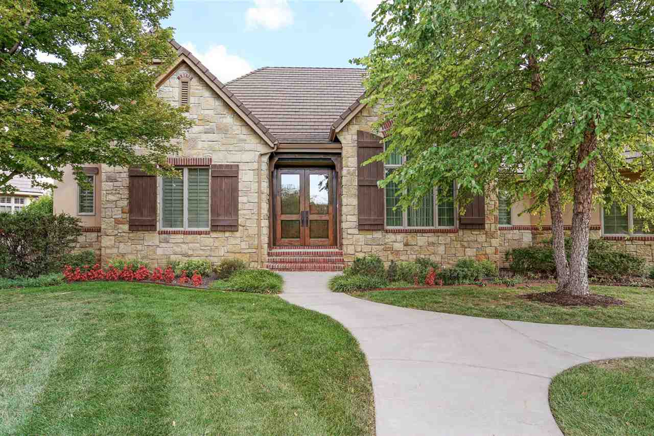 219 E Pine Meadow Ct, Andover, KS 67002