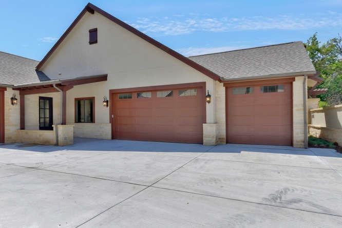 2244 N Tallgrass St, Wichita, KS 67226