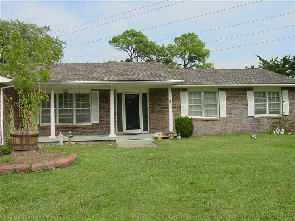 2458 N Hyacinth Lane, Wichita, KS 67204