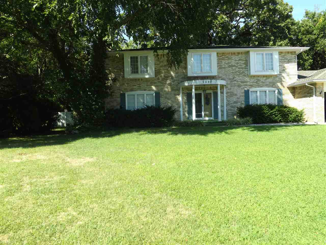 1230 E BROOK FOREST CT, Derby, KS 67037