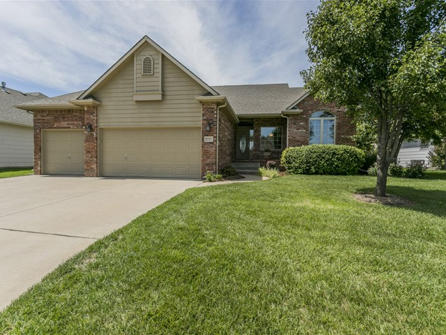 1715 N Split Rail St, Wichita, KS 67230